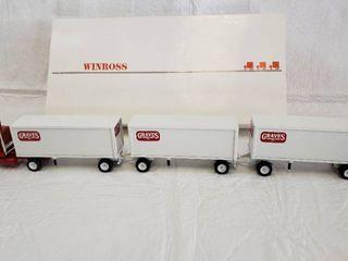 Winross Triple Graves Truck lines Inc  Diecast