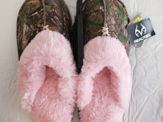 Secret Treasures Women s Camo Clog Slipper Size 7 8