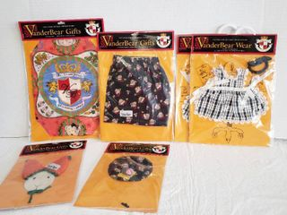 Muffy VanderBear   Outfits and Accessories