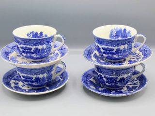 8 Pc Vintage Blue Willow Teacup and Saucers   Set of 4 Made in Japan