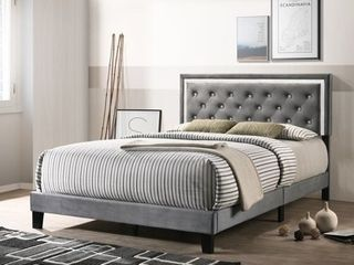 Best Quality Furniture Velvet Faux Crystal Tufted Beds with Faux Crystal Studded Border  Retail 261 99
