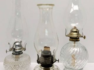 lot of 3 Oil Hurricane lamps   2 Modern  1980 s    1 Vintage  Queen Anne No  2
