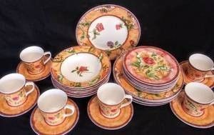 222 Fifth by PTS International    Tuscany Rose   Retired  Dinnerware   30 Pieces