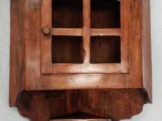 Gorgeous 28  Antique Wood Corner Shelf