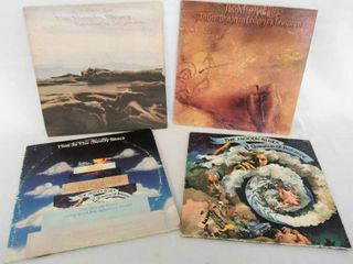 lot of 4 Moody Blues Albums from the 1960 s   70 s