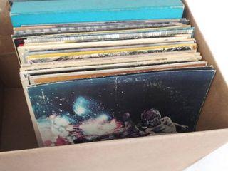Treasure Hunt Box of 32 Vintage Albums   Including 2 Box Sets