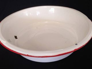 Vintage Enamelware   White With Red Trim   18 5 16  Round Wash Basin Tub   4 1 8  Deep