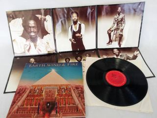 1977  Earth Wind   Fire  Album   With 40  x 29  Poster