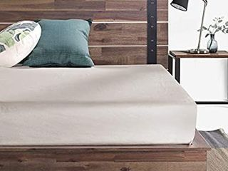 ZINUS Brock Metal and Wood Platform Bed Frame   Solid Acacia Wood Mattress Foundation   No Box Spring Needed   Easy Assembly  Queen
