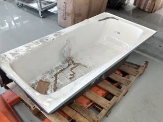 Cast Iron Bathtub 60  x 30  14  D