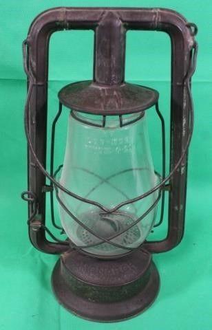 Dietz Monarch Vintage Kerosene lamp