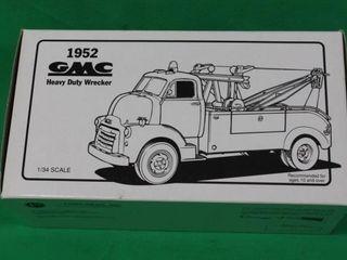 1952 GMC Heavy Duty Wrecker 1 34 Scale w Box
