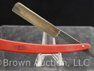 Case 132 Red Wimp Wedge straight razor  USA