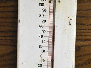 Dr Pepper Hot or Cold advertising thermometer