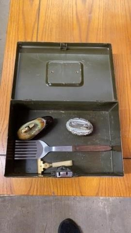 VINTAGE BOX WITH RAZOR  lIGHTERS  AND ADVERTISING