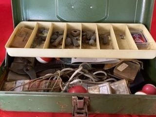 VICTOR METAl TACKlE BOX WITH FISHING GEAR