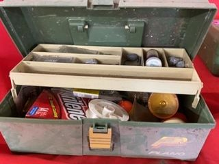 PlANO TACKlE WITH FISHING SUPPlIES