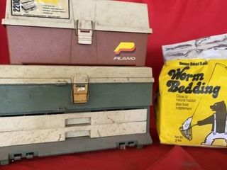2 PlANO EMPTY TACKlE BOXES AND BAG OF WORM