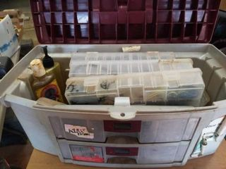 DElUXE TACKlE BOX WITH MANY FISHING ITEMS