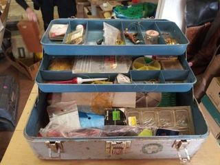 METAl TACKlE BOX WITH FISHING ITEMS