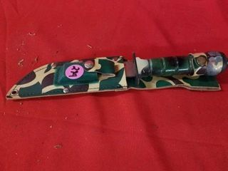 CAMOUFlAGE HUNTING KNIFE