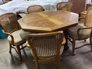 OCTAGON SHAPED KITCHEN TABlE WITH 6 CHAIRS