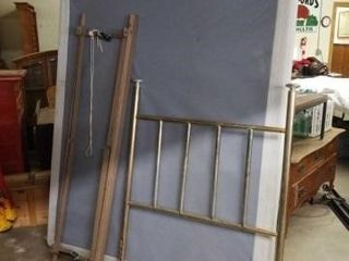 QUEEN BOX SPRINGS  ADJUSTABlE BED FRAME  ANTIQUE