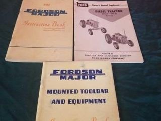 VINTAGE FORD AND FORDSON TRACTOR MANUAlS