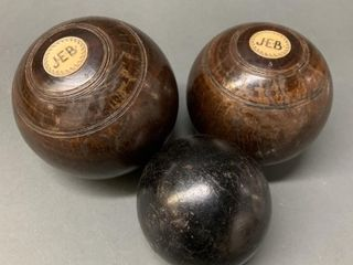 Antique Glasgow Bocce Balls and Marker