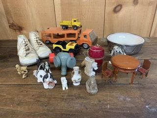 Small Collectables lot