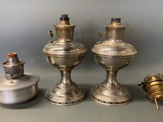 Aladdin and Messengers Oil lamps as Shown