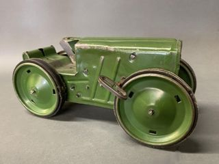 1920 s louis Marx Wind up Tin Toy Tractor