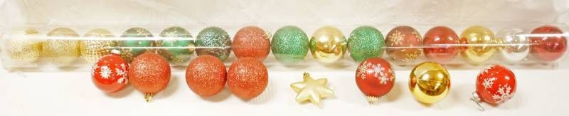 lot of Christmas Ornaments  See Photos