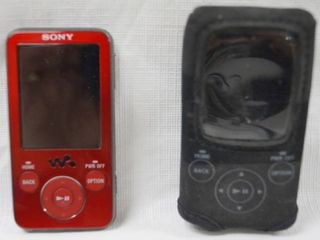 Sony Digital Media Player w  Case and Charging Cords