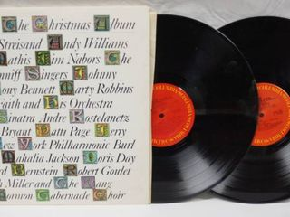 Vintage 12  Record Album    The Christmas Album  20 GREAT CHRISTMAS FAVORITES