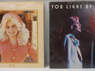 Vintage 12  Record Albums  Doll Parton  All I Can Do  and  Debby Boone  You light up My life
