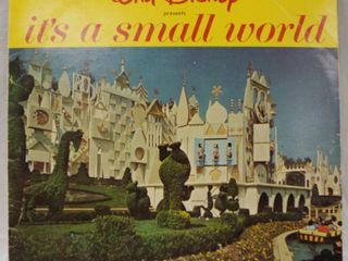 Vintage 12  Record Album  Walt Disney It s A Small World   A Magnificent Full Color Illustrated Book