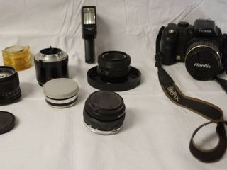 FinePix  S9100 Digital Camera  64A05035  with  Multiple lenses  See Photos