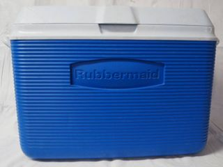 Very Nice  Rubbermaid Cooler   14  Tall  12  Wide    20  long