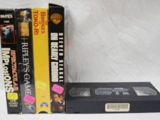 lot of 5 VHS Movies  See Photos