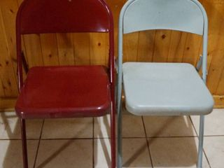 lot of 2 Metal Chairs
