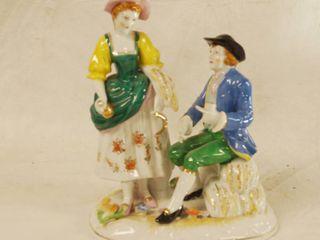 Beautiful Dutch Couple Porcelain Figurine   MADE IN JAPAN