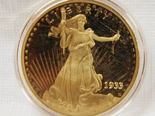 Gold Tone Coin Copy  0G2099  Walking liberty  20  in Plastic Case