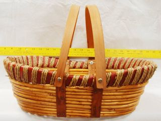 Very Nice Wood Basket  Could Be Used For the Holidays