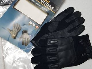 tactical gloves  size Xl