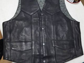 Quilted leather vest  size 40