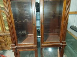 Wooden Seprated Display Cabinets   Some Damage   Storage Trays Installed in Bottom Cabinets   66  T x 21  W