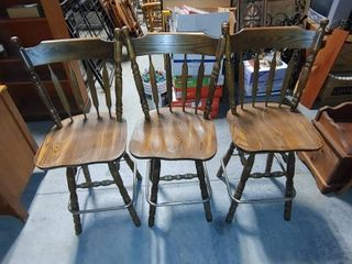 lot of 3 Vintage Wooden Swivel Bar Chairs   Metal leg Rests   42  T x 20 5  W