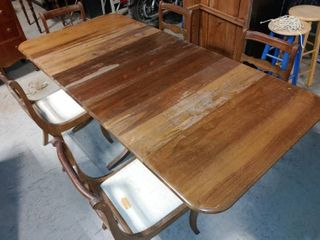 Vintage Wooden Transforming Dining Table with 5 Matching Chairs   Table has Easily Removable Middle Section   Fully Deployed   85  W x 40  l x 29  T
