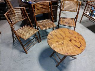 lot of 3 Tropical Themed Folding Chairs   Folding End Table   One Chair Moderatly Damaged